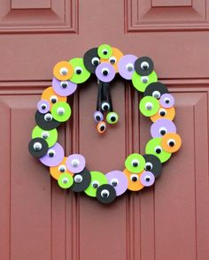 monster paper plate crafts | Monster Crafts http://happyhomefairy.com/tag/monster-crafts/