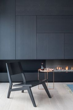 Minimalist side table for a contemporary living room design living room design, furniture ideas, furniture world. See more inspirations at Bedroom Minimalist, Minimalist Interior, Minimalist Living, Minimalist Decor, Modern Minimalist, Modern Fireplace, Fireplace Design, Tv Fireplace, Bioethanol Fireplace