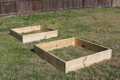 How to Build A Square Foot Garden -Two Boxes by Sisters Raising Sisters, via Flickr