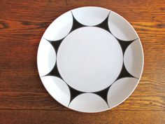 Vintage Ben Seibel for Mikasa Pivotal Thistle Dinner Plates Set of 8 by TheJoeKnoxCompany on Etsy -sold.
