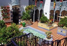 Courtyard at El Andaluz by Jeff Shelton Architect