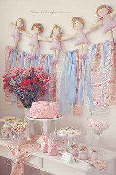 Shabby Chic Baby Shower Styled by Andressa Hara of Twinkle Twinkle Little Party