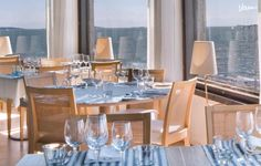 Liuskasaaressa sijaitseva Ravintola HSS Boathouse on upea tila merellisiin häihin.