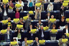 European Parliament vote down ACTA in dramatic visual fashion.