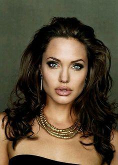 ~Angelina Jolie ~V'''''V Stunning..