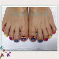 Bright Toes & Palm Trees by TraiSeasEscape from Nail Art Gallery #nailart www.traiseasescapespa.com