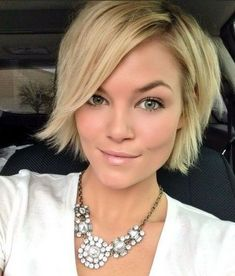 70 Devastatingly Cool Haircuts for Thin Hair,Short Shaggy Cut With Textured Ends. Latest Short Haircuts, Short Layered Haircuts, Thin Hair Haircuts, Bob Hairstyles For Fine Hair, Modern Hairstyles, Cool Haircuts, Bobs For Thin Hair, Short Thin Hair, Short Hair Cuts
