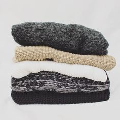 Bundle up with chunky knits this fall. At FreeStyle we have a variety of cashmere, cotton, oversized, and fitted sweaters! Grab yours today. #freestylefind #fashion #style #comfy