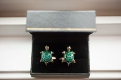 Historic London Town and Gardens wedding. Adorable turtle cufflinks for the groom. Photo by Love Life Images