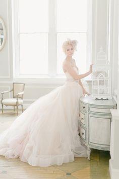 Romantic Metropolitan Building Bridal Inspiration Shoot by Elisabeth Millay Photography