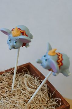 Dumbo Cake Pops