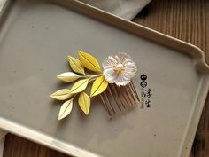 Thread Jewellery, Jewelry, Diy And Crafts, Arts And Crafts, Cartoon Flowers, Flower Crafts, Hair Pins, Dream Catcher, Velvet Flower
