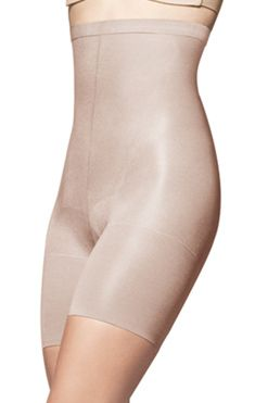 Super Higher Power is a comfortable yet powerful high-waisted shaper by Spanx!