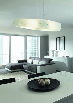 -74% Reduziert!! Diese elegante Latu Pendelleuchte weist eine dezente Akzentuierung auf. Hochwertiges klares Glas und langlebiges Aluminium verleihen dieser Wohnzimmerleuchte einen eleganten Look. Das helle, funkelnde warmweiße Licht ist sofort hell....