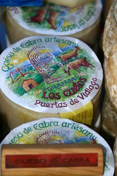 Asturias. Vidiago, queso de cabra artesanu. Photograph by Gerry Dawes©2009 / gerrydawes@aol.com / http://www.gerrydawesspain.com.