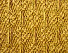 Every Saturday I will share with you a new stitch. Today& stitch is: Moss Stitch Diamonds. Embossed moss stitch diamonds and singl. Knit Purl Stitches, Knitting Stiches, Crochet Stitches Patterns, Knitting Charts, Loom Knitting, Hand Knitting, Knitting Patterns, Moss Stitch, Edge Stitch