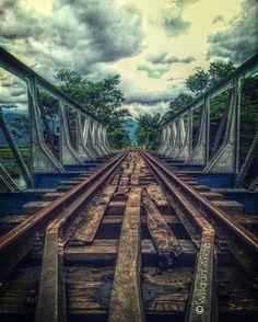 regram @wildan.ardani Abandon bridge  Hard light . . . #smartphonephotography #abandoned #microsoftlumiaphotography #lumiagraphy #shotonmylumia #lumiaindonesia #instapic #edited #lumia535 by winphans