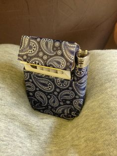 I have posted a few pictures of these and never put up instructions but have been requested to make it into an Instructable so here it is! A fashionable,...