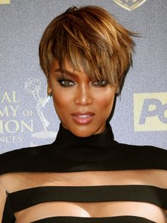 Tyra Banks: kurze oder lange Haare?