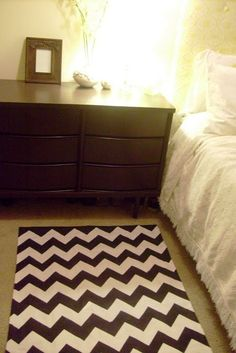 DIY chevron rug or curtain. Very cool project for your college dorm room!