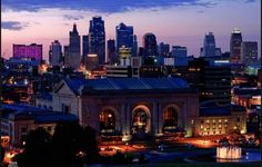 """10 Reasons You Should Move To Kansas City- """"the hardest thing about living there is explaining to people you live in Missouri, not Kansas."""" Ha! So true!"""