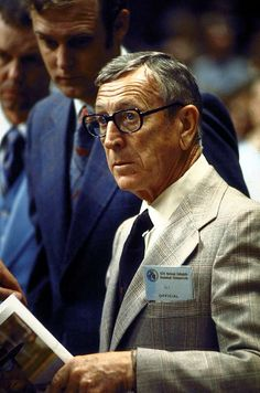 One of my career highlights was having a phone interview with legendary coach, John Wooden, in 2006. He is every bit the hype, the man literally speaks in sounds bytes. Fun facts: He was a #BetaThetaPi and his first coaching job was at Dayton High School in #Kentucky.