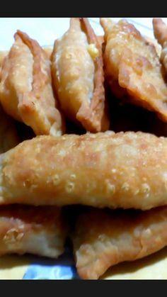 Greek Recipes, Desert Recipes, Roses Menu, Greek Pita, Cheese Pies, Sweet And Salty, Finger Foods, Food Art, Sandwiches
