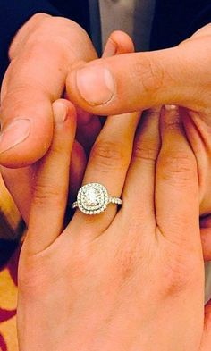 Double halo wedding ring / / http://www.deerpearlflowers.com/double-halo-engagement-rings/