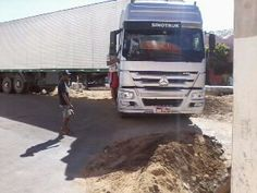 Carreta fica presa em obra no município de Tabira – PE | S1 Notícias