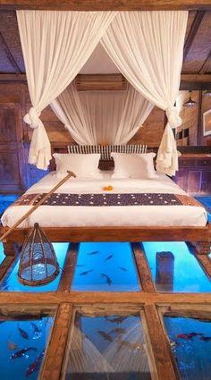 The #glass - #bottomed #bedroom at the #Udang_House at #Bali's #Bambu_Indah_Resort http://en.directrooms.com/hotels/info/1-13-64-44825/