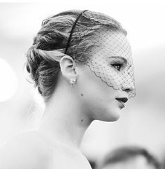Jennifer Lawrence at the Met Gala 2013 in the Voilette by Jennifer Behr :: veil :: head piece :: classic :: glam :: elegant :: black :: celebrity style ::