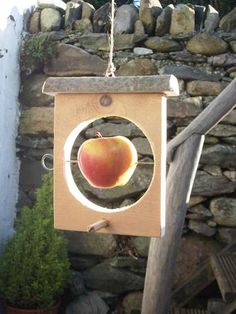 Make an Easy Bird Feeder. A unique,cheap, and easy way to feed the birds.roll it pb and bird seed Bird House Feeder, Diy Bird Feeder, Outdoor Projects, Wood Projects, Easy Bird, Woodworking For Kids, Woodworking Plans, Woodworking Projects, Intarsia Woodworking