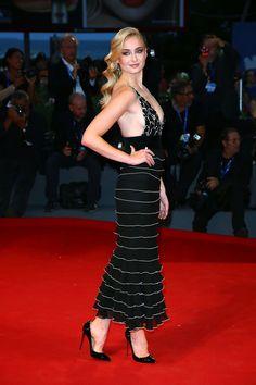 Sansa Stark Looks Almost Unrecognizable on the Venice Film Festival Red Carpet