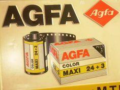 Publicidad Fotografica Agfa. Retro Advertising, Retro Ads, Vintage Advertisements, Camera Photography, Vintage Photography, Photography Tips, Antique Cameras, Vintage Cameras, Movies