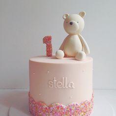 super. duper. cute! #hellonaomispecialtycake
