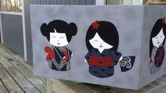 Denne smukke æske er syet af min dygtige kollega Lotte Watson - dekoreret med mine japanske geishaer.