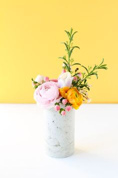DIY Concrete Vase Using an Unexpected Material