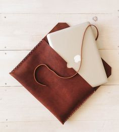 Brown Leather 13'' MacbookPro Case   Gear & Gadgets iPad   Stock & Barrel   Scoutmob Shoppe   Product Detail