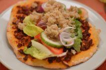 Bei Avilia gabs vor der nicht ganz Kater freien Party noch eine türkische Pizza á la Vegan for Fun. Sieht die nicht einfach nur köstlich aus?!