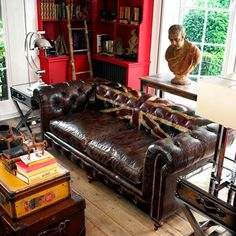 """Gentleman's Quarters - Living Room Design Ideas & Pictures - Decorating Ideas Love the """"Englishness"""" of this room, old fashioned style."""