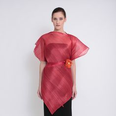 Ditta Sandico is a visionary fashion designer that embraces an ecological-friendly design and sustainable production process. Modern Filipiniana Dress, Maria Clara, Filipina, Green Fashion, Cold Shoulder Dress, High Neck Dress, Feminine, Photoshoot, Closets