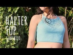 Free crochet halter top pattern summer with video tutorial Diy Crochet Top, Crochet Bra, Crochet Halter Tops, Crochet Bikini Top, Crochet Blouse, Crochet Clothes, Crochet Summer, Free Crochet, Crochet Dresses