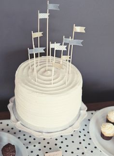 Washi Tape Flags in cake, different heights