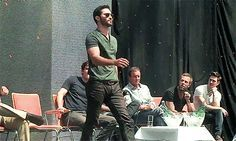 Whoa, look at Hoechlin strut, oh my god (and Daniel in the background, yesssss)