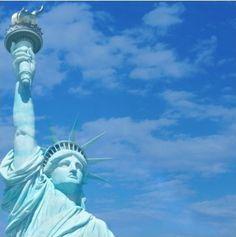 New York Scrapbooking paper acid lignin free Page 2 New York Scrapbooking, The New Yorker, Scrapbook Paper, Statue Of Liberty, Road Trip, America, Digital Papers, Usa, Statue Of Liberty Facts