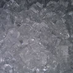 Кубиковый лёд. Доставка льда 24 часа в СПб. Тел.: +7 (931) 262-33-22 Сайт: www.barice.ru