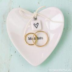 Platito de porcelana con forma de corazón Mr & Mrs