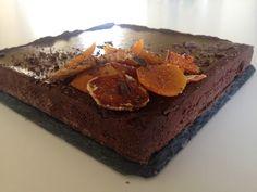 Esiste una torta più buona della Sacher? Questa #sacher #tart unisce la bontà della #torta tradizionale austriaca alla croccantezza di una #crostata, per un gusto meraviglioso! #torta #cioccolato #Cake!! LA #RICETTA LA TROVATE SU ROSAPOMPELMO.IT // #chocolate #cake #sachertorte FOLLOW US ON ROSAPOMPELMO.IT FOR THE COMPLETE #RECIPE!  #pasticceria #apricot #jam #marmellata #albicocche #abricot #marmelade #ganache #dessert #patisserie #recette #foodblog #easy #yummy #pastry #pastry #rezept