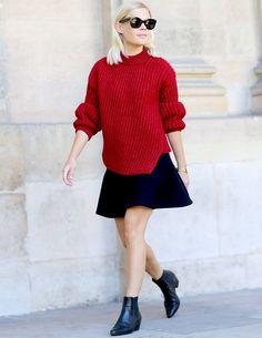 street-style-saia-sino-azul-e-sueter-vermelho