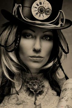 Steam Punk Clock Hat and Pin Model: Kassie Lanfire - Photography: Marina Nosova Couture Steampunk, Steampunk Mode, Victorian Steampunk, Gothic Steampunk, Steampunk Fashion, Steampunk Pirate, Cyberpunk, Steampunk Photography, Steampunk Accessories